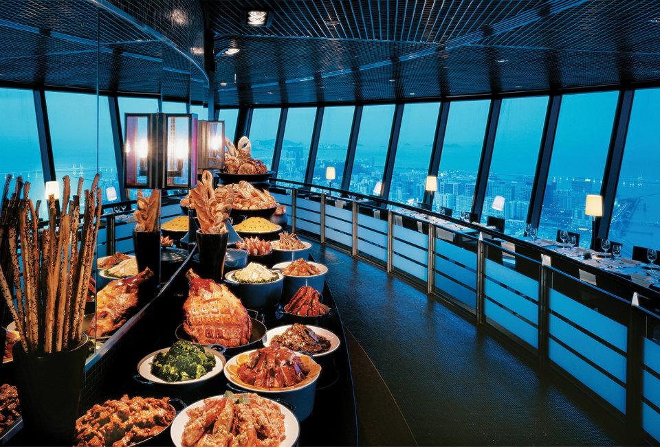 360 Cafe Macau: Food Spread