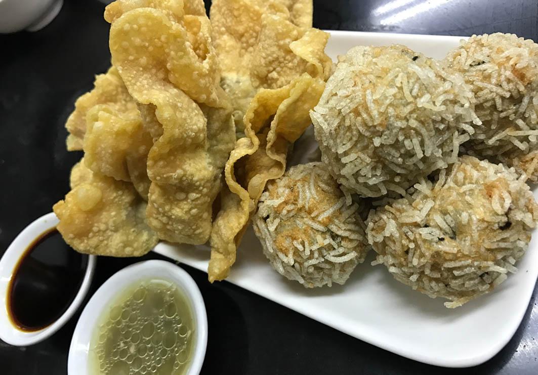 Luk Kee Noodle Macau: Fried Fishballs