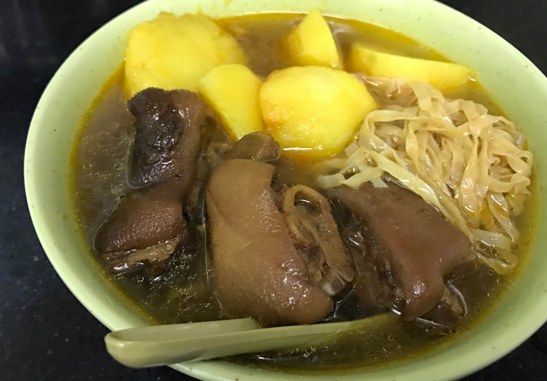 Seng Heng Kei (Wang Tat): Noodles with Braised Pork