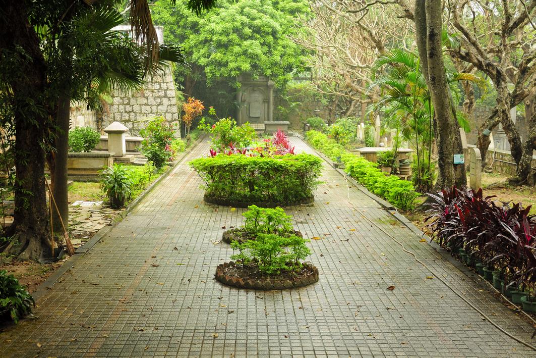 Macau: Protestant Cemetery