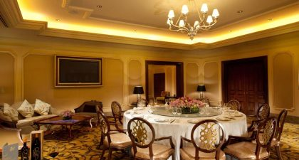 Grand Imperial Court: Seating