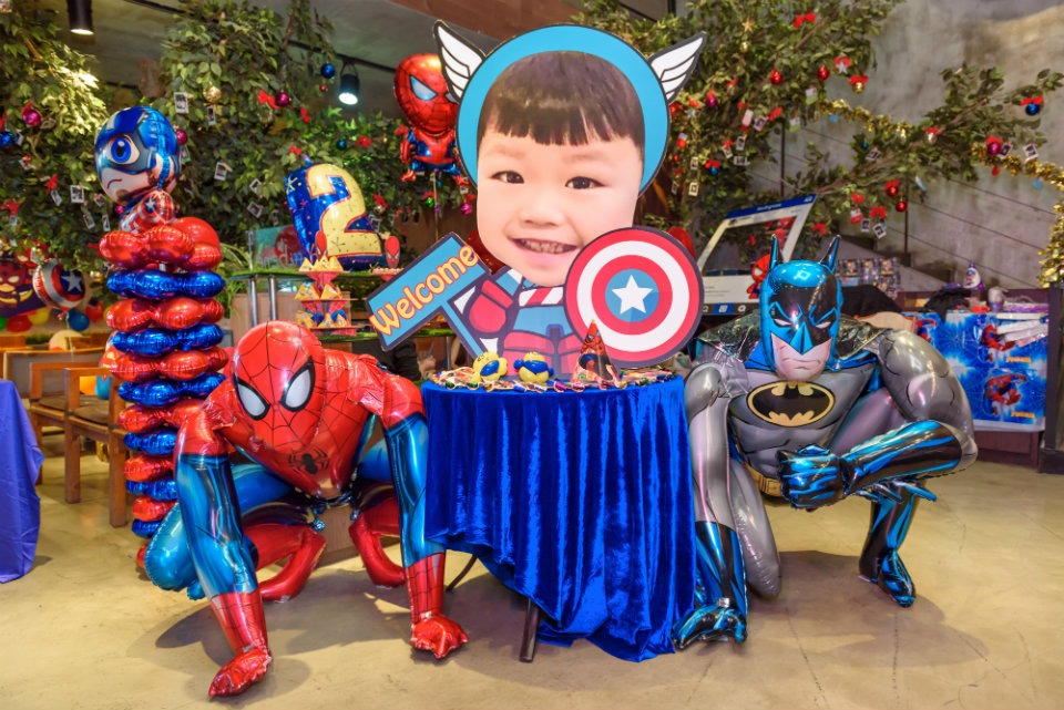 Caffe Bene Macau: Superhero Party Decorations