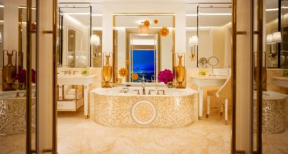 Wynn Palace Macau: Washroom of the Palor Suite